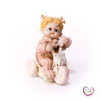 Figurine bebe rose tricycle couette 11 cm seul